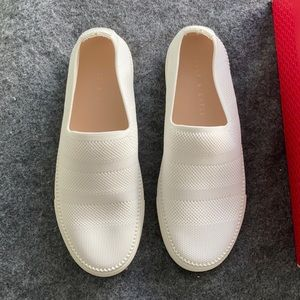 NIB NWT Kelly & Katie Knit Slip On Sneakers 👟